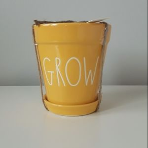 New Rae Dunn small ceramic planter